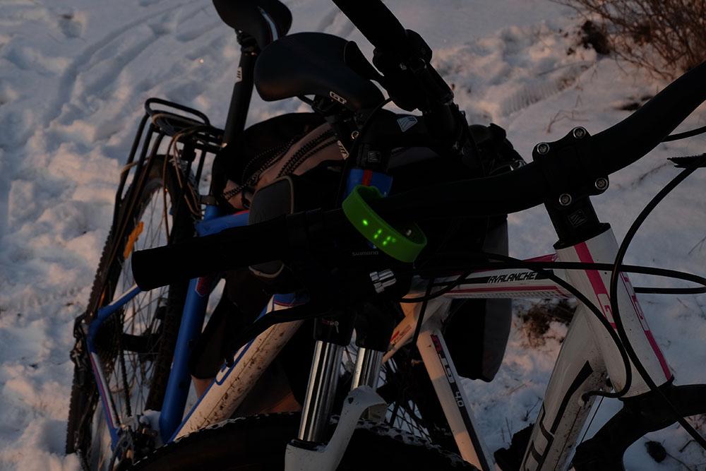 Велосипеды на снегу - мороз минус 11