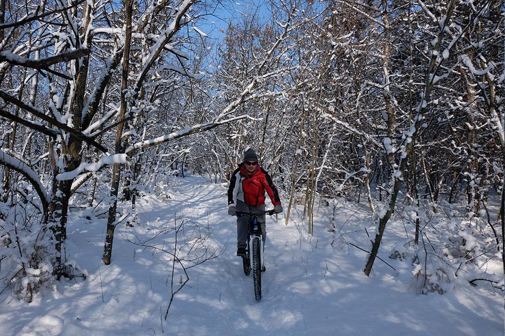Велосипед на снегу