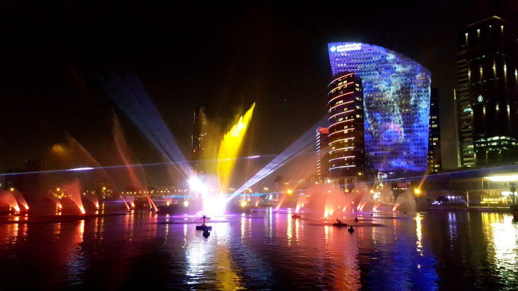 Лазерное шоу в Дубае