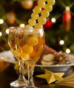 12 виноградин на удачу - и шампанское