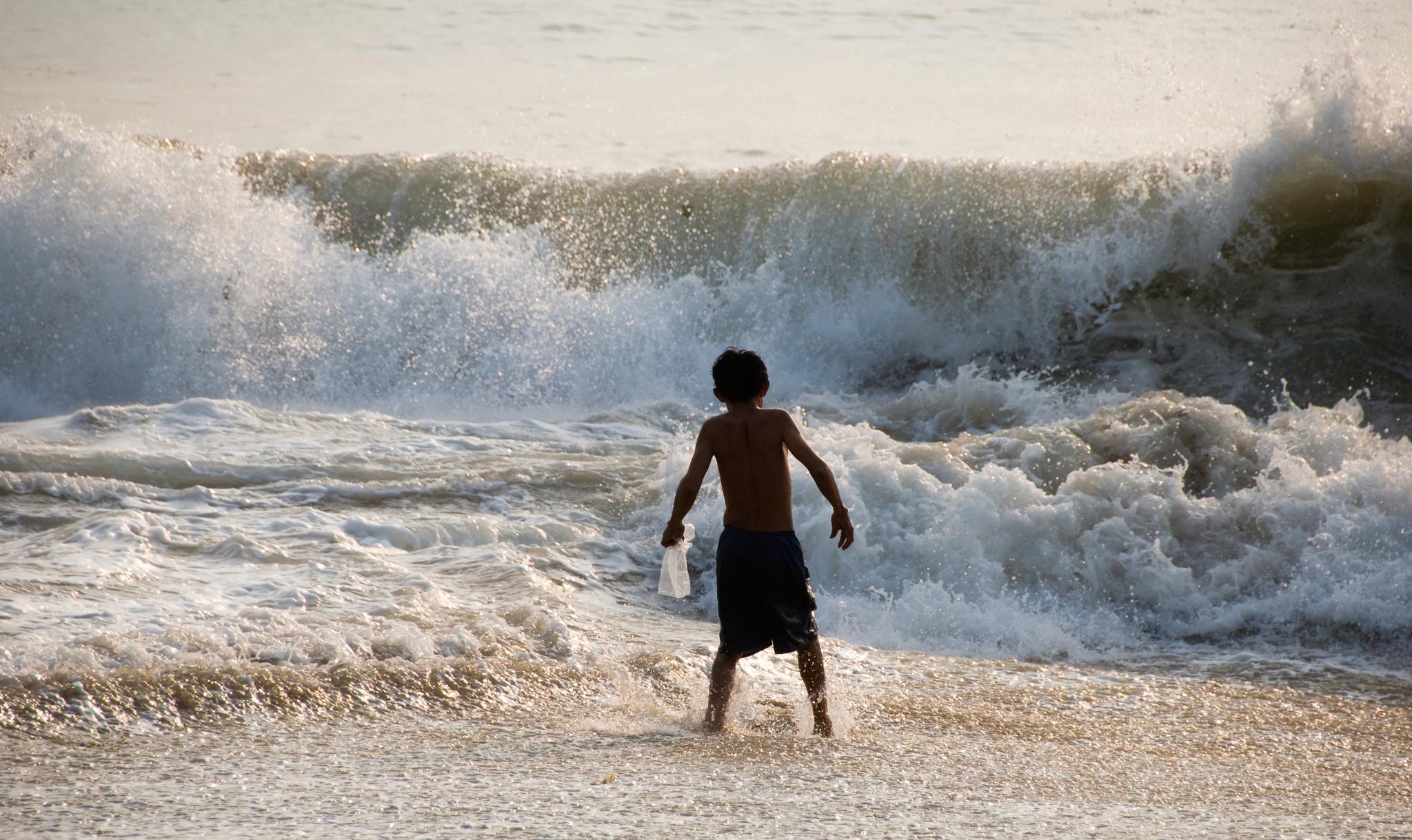 Перед волнами