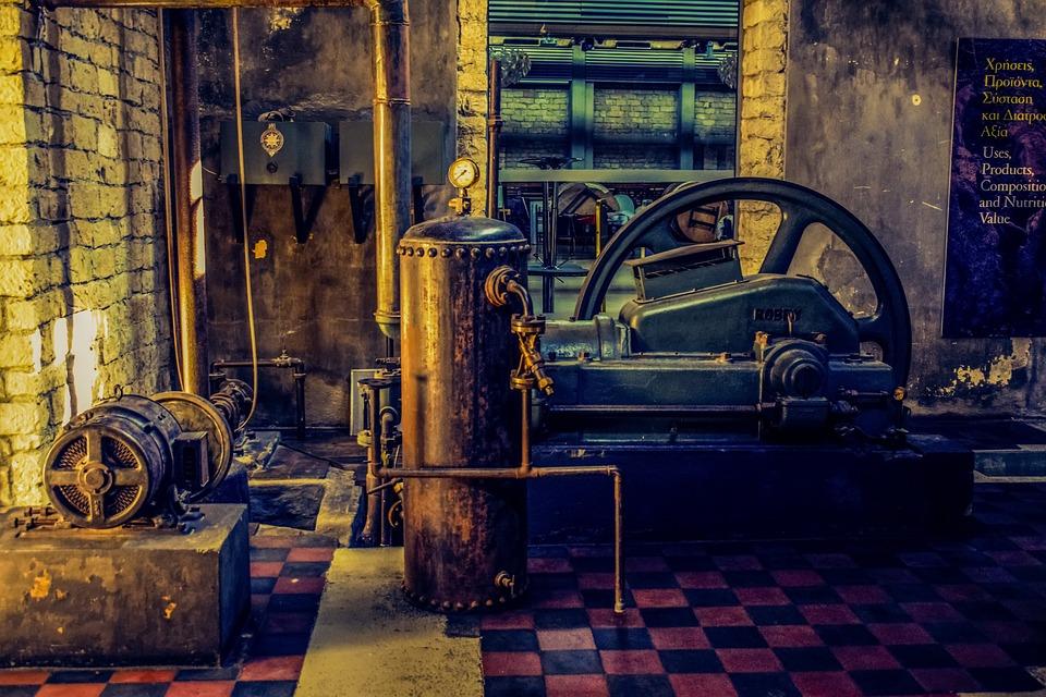 Древняя мастерская с машинами на пару