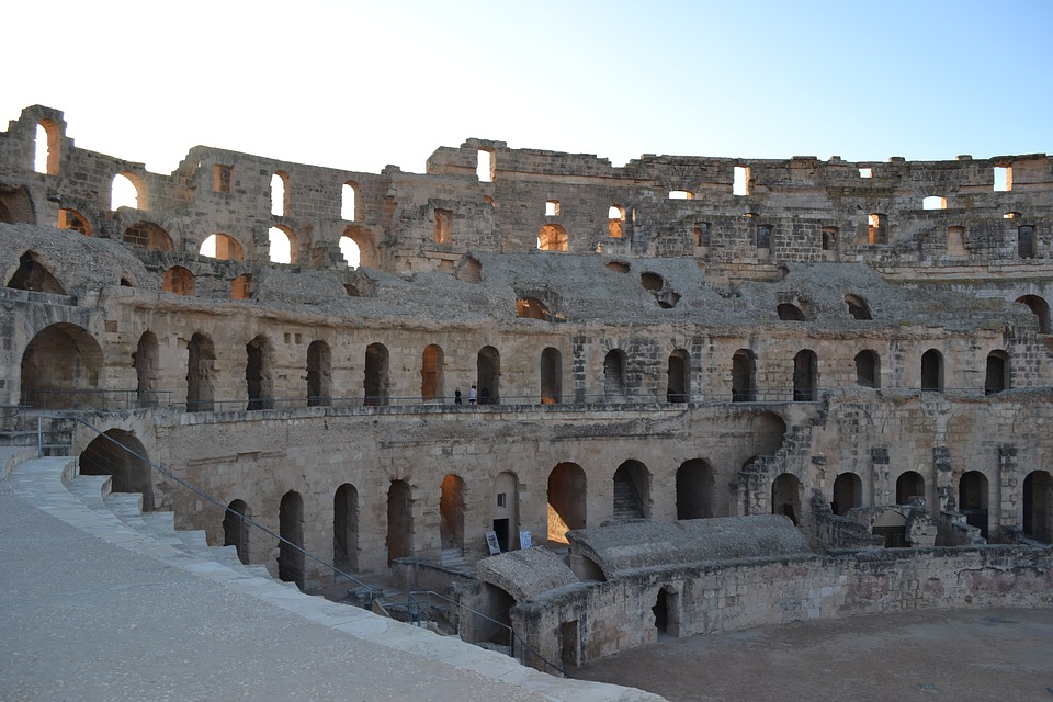 Развалины римского амфитеатра