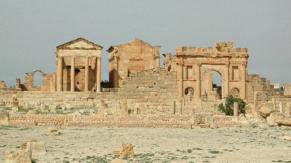 Античные постройки
