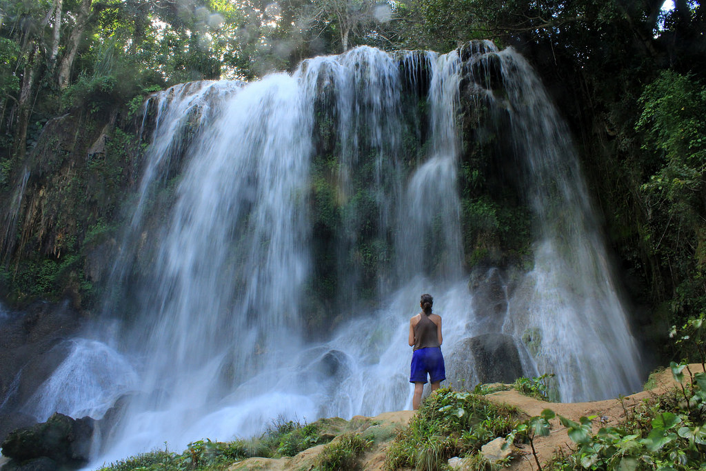 Водопад на Кубе