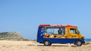 Автобус с мороженным на Кипре