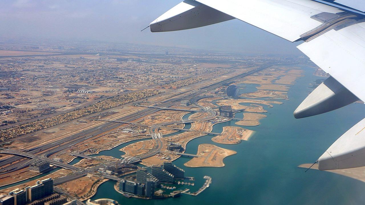Абу Даби - вид из самолета