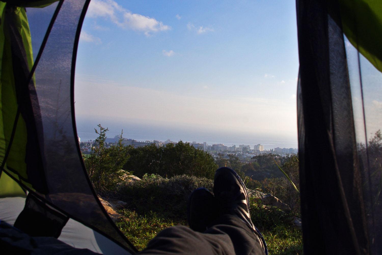 Вид из палатки на Протарас