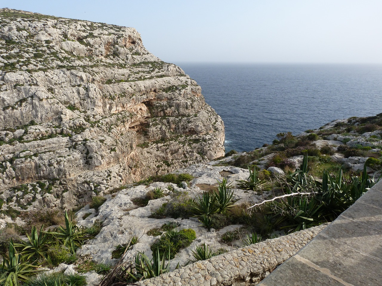 Скалистые берега Мальты