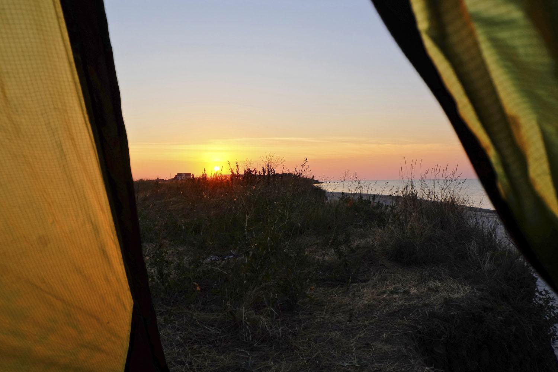 Утренний вид из палатки на Степановской косе