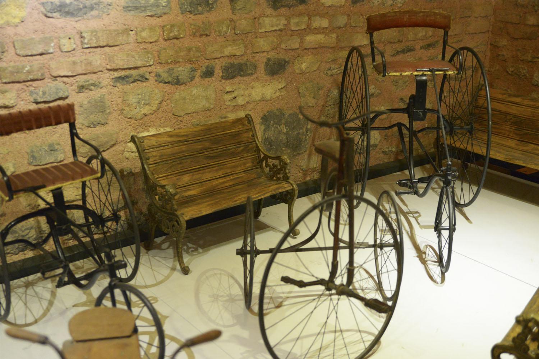 Музей Рахми М. Коча - авто, велосипеды, мотоциклы, паравозы